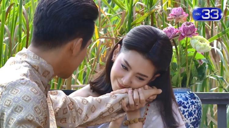 Cặp đôi đẹp đôi nhất, hoàn hảo nhất Ayutthaya là đây chứ đâu.
