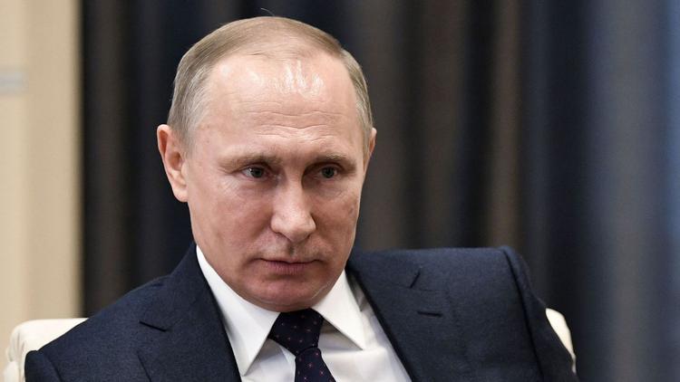 """Ông Putin khá nổi tiếng với quan điểm """"sợ công nghệ"""" của mình."""