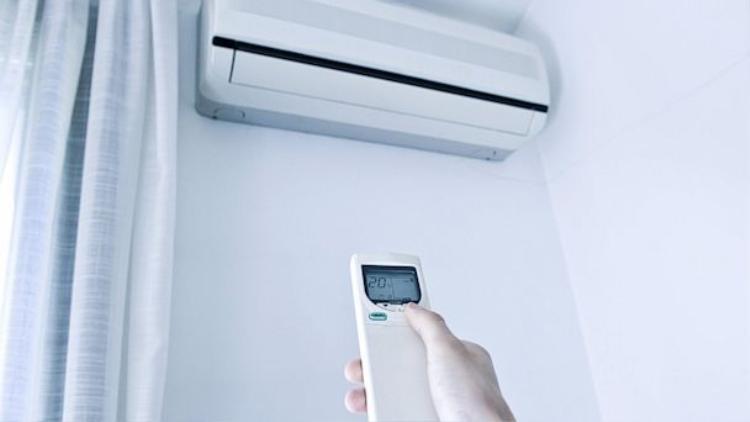 """""""Dry Mode"""" giúp tiết kiệm điện tiêu thụ nhưng bạn cũng không nên quá lạm dụng nó."""