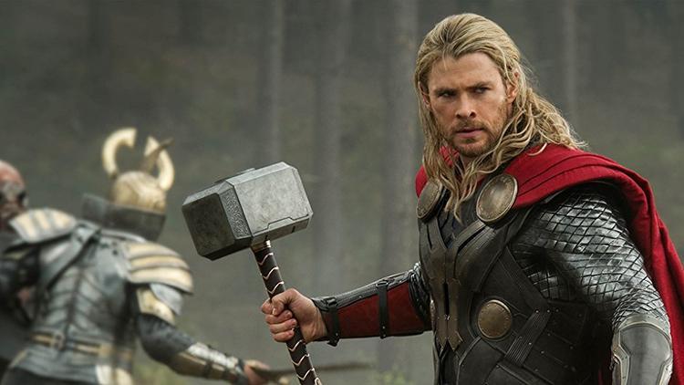 Đây là tạo hình dũng mãnh ban đầu của Thor do nhà sản xuất xây dựng.