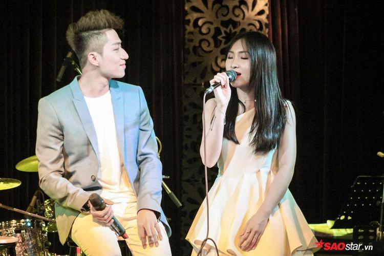 """Vốn là những fan hâm mộ các sáng tác thất tình """"cộp mác"""" Trịnh Thăng Bình từ xưa, đây là một sản phẩm mà Duy Ngọc - Annie muốn gửi tặng các fan đã dành tình cảm cho cặp đôi."""