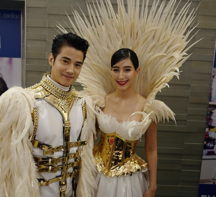 Đây là một trong những cặp đôi từng khiến mọt phim Thái mất ăn mất ngủ khi bén duyên trong Tình yêu duy nhất.