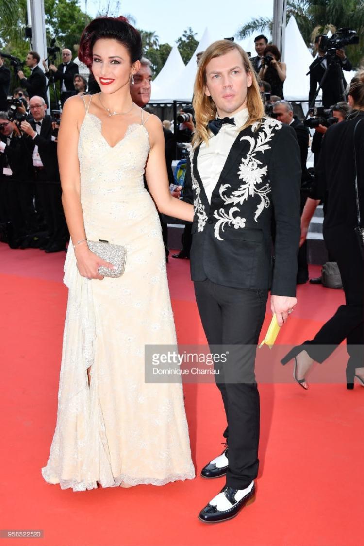 Delphine Wespiser và nhà thiết kế thời trang Christophe Guillarme