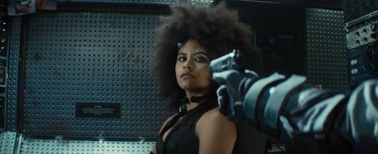 Deadpool tiếp tục lầy lội khi bắt chước Thanos kêu gọi khán giả không tiết lộ nội dung phim
