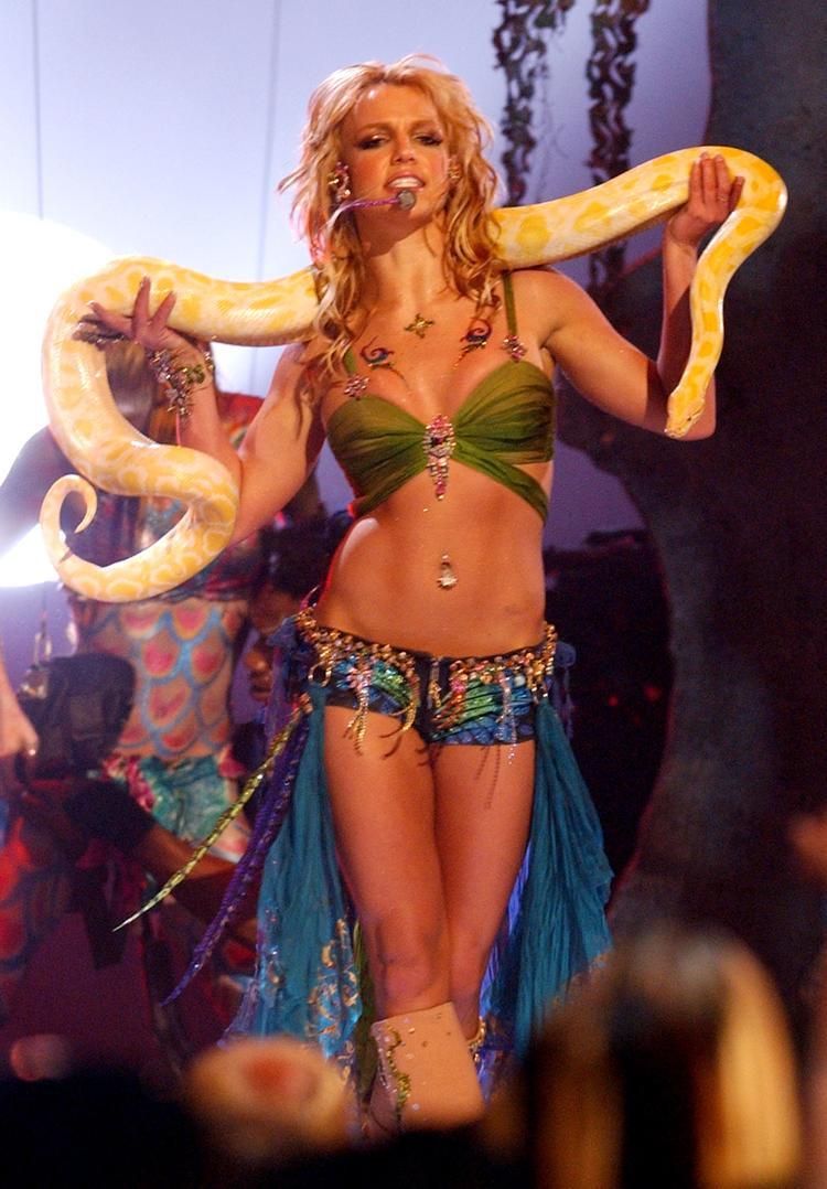 Đây xứng đáng được gọi là sân khấu để đời của Britney.