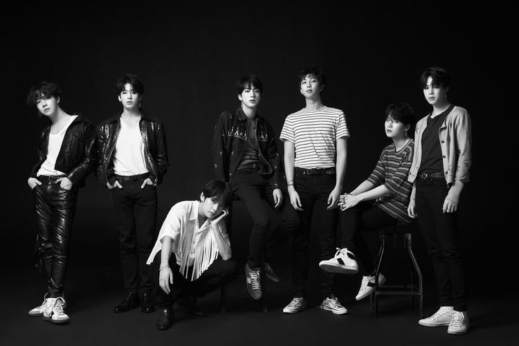BTS sẽ comeback vào ngày 18/5.
