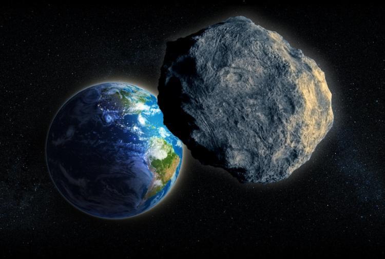 Các nhà khoa học cho rằng mặt trăng của chúng ta xuất hiện là do sự va chạm của Trái Đất với một vật thể lớn khác. Vụ va chạm dẫn tới việc hình thành mặt trăng và sau đó nó trở thành vệ tinh của Trái Đất.