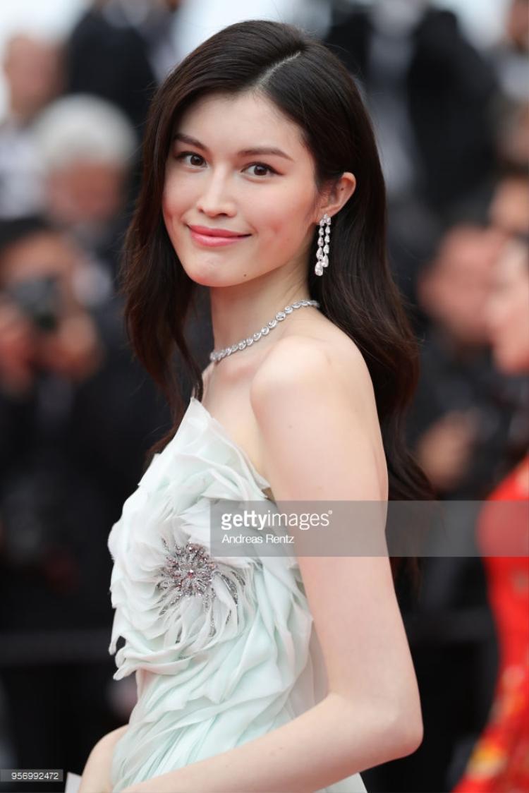 Nữ diễn viên, siêu mẫu Hà Tuệ (người Trung Quốc).