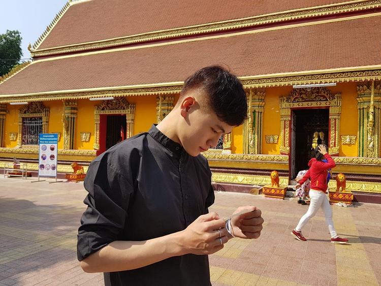 """Bạn VONGSAYNHA KEONAKHON - sinh viên trường Đại học Tôn Đức Thắng đến từ nước bạn Lào với vẻ điển trai không khác gì """"nam thần"""" trong truyền thuyết"""