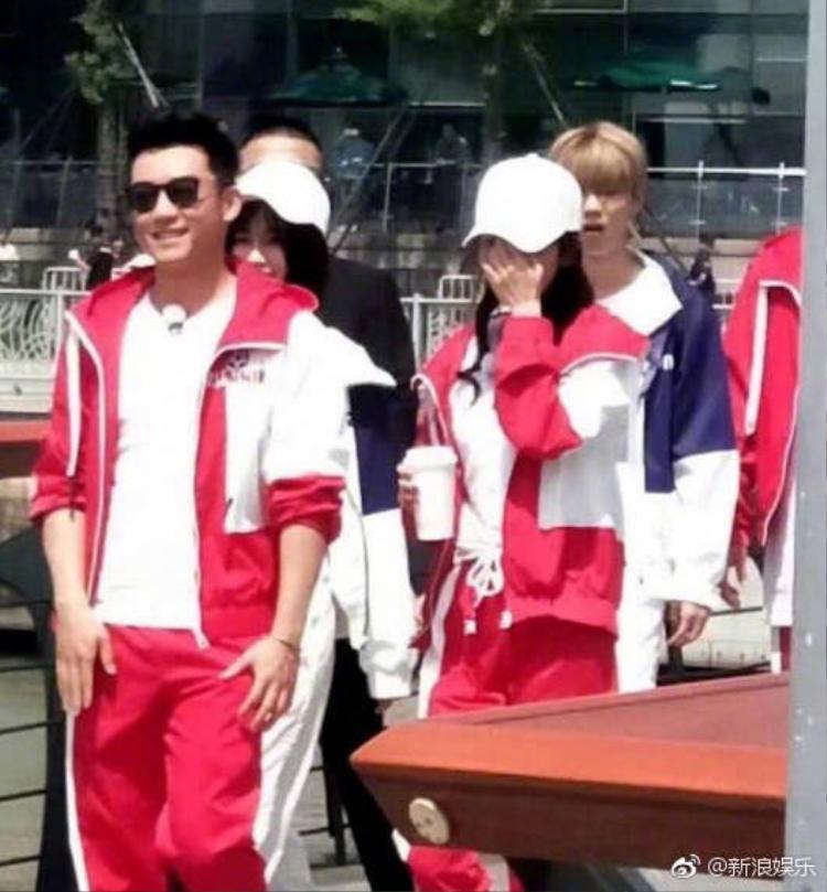 """Khoảng tuần trước, trên weibo lại rò rỉ hình ảnh Dương Mịch tham gia ghi hình """"Keep Running"""" (Running Man bản Trung), một trong những chương trình thực tế hot nhất tại đất nước tỉ dân này."""