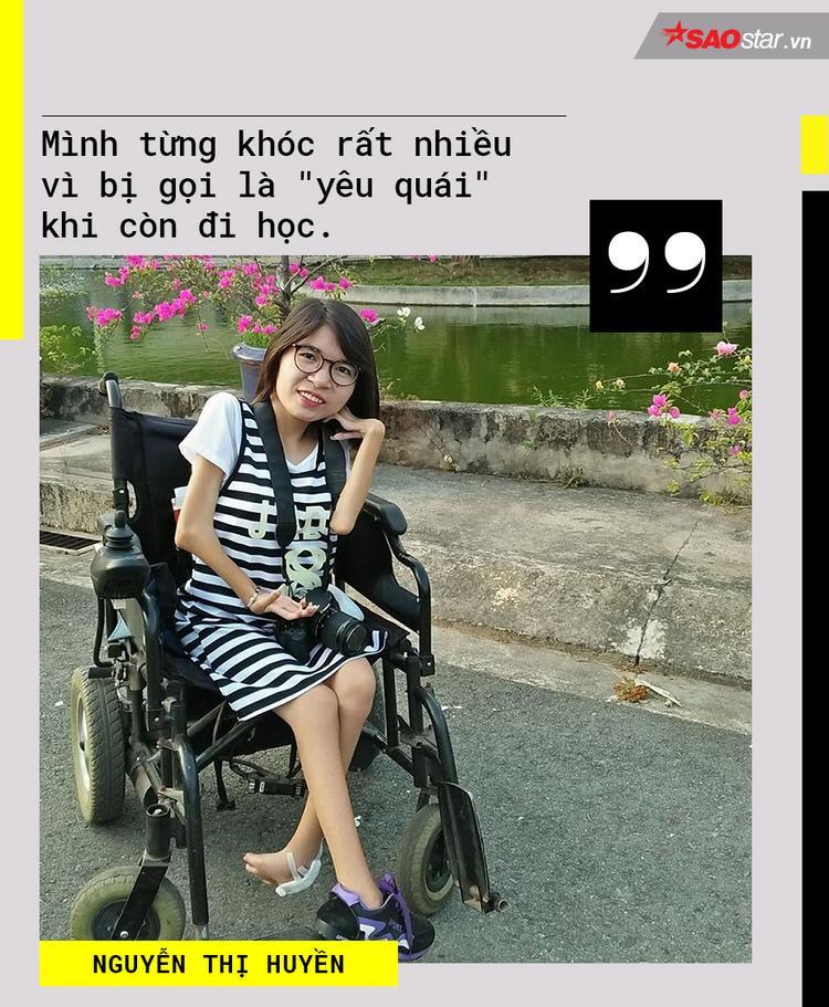 Nữ sinh khuyết tật từng bị gọi là yêu quái 2 lần dự thi Nét đẹp sinh viên: Xinh không chỉ vì nhan sắc, đi không phải chỉ dựa vào đôi chân