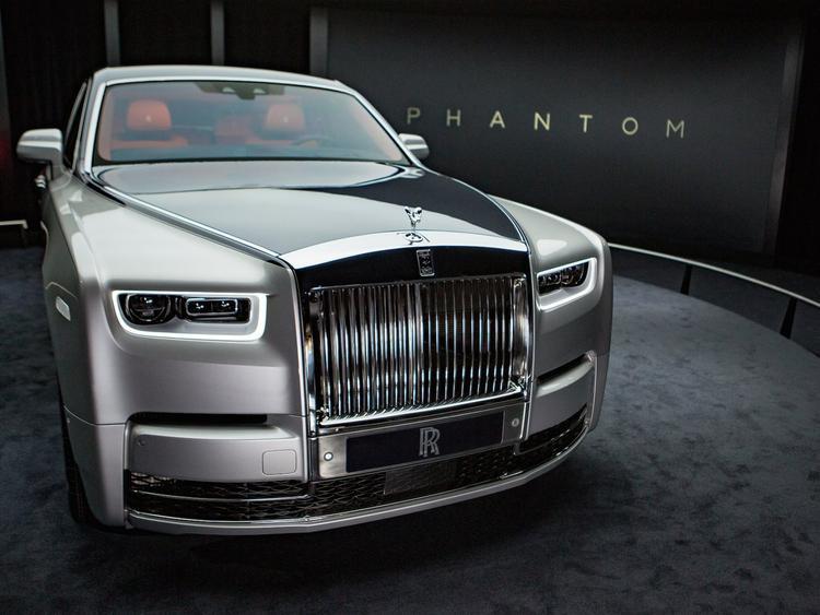 Rolls-Royce Cullinan được thiết kế trên chất liệu nhôm cao cấp Architecture of Luxury tương tự những gì có trên chiếc sedan Phantom mới nhất của hãng này.