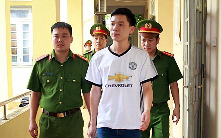 BS Hoàng Công Lương.