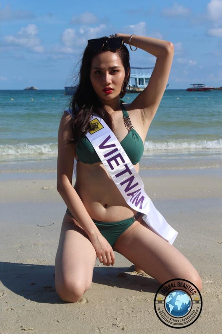 Đại diện Việt Nam là Nguyễn Diệu Linh bị chê kém sắc vì thân hình không mấy thon gọn.