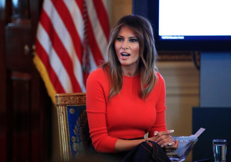 Bà là Đệ nhất phu nhân duy nhất của nước Mỹ mà ngôn ngữ mẹ đẻ không phải tiếng Anh.