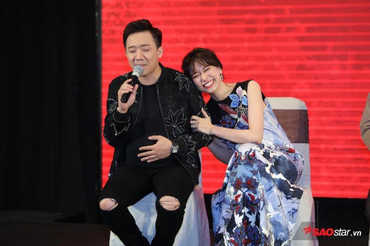 Cặp đôi Việt - Hàn không thiếu những khoảnh khắc vui nhộn, ngọt ngào.