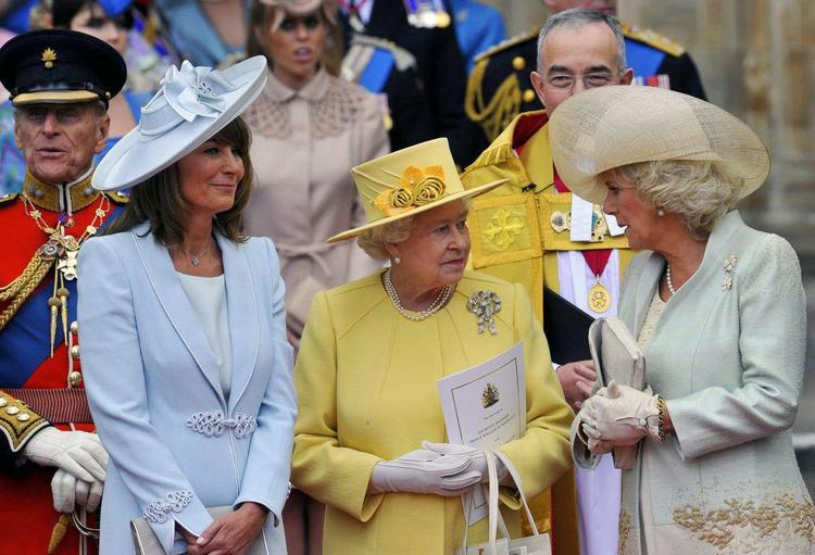 Nữ hoàng Elizabeth II trong đám cưới cháu trai William hồi năm 2011. Ảnh:People.cz