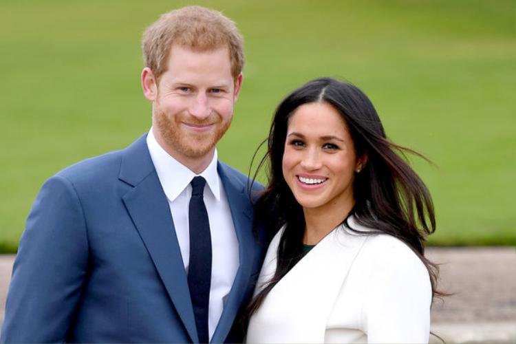 Từ khi thông báo đính hôn với hoàng tử, Markle dính vào một loạt rắc rối.
