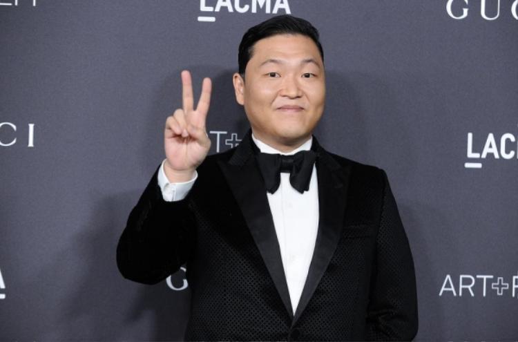 Psy và YG đường ai nấy đi sau 8 năm gắn bó.