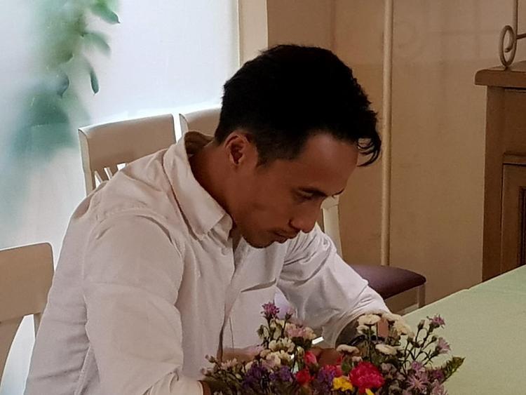 Phạm Anh Khoa xuất hiện tiều tuỵ trong buổi họp báo