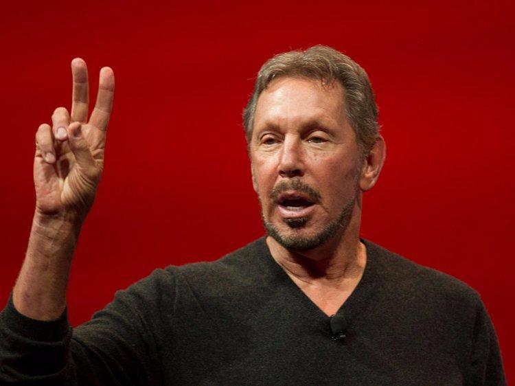 5. Larry Ellison, chủ tịch Oracle. Tài sản ròng: 58,8 tỷ USD. Ellison sáng lập Oracle vào năm 1977 và hiện tại vẫn làm việc tại đây dưới cương vị Giám đốc Công nghệ.