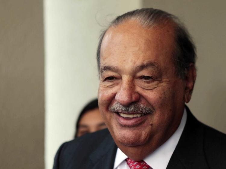 4. Carlos Slim Helú, giám đốc America Movil. Tài sản ròng: 67,5 tỷ USD. Ông từng sở hữu cổ phần trị giá 40 tỷ USD của Shazam đồng thời nắm quyền điều hành dịch vụ streaming nhạc Nam Mỹ Claro Musíca.