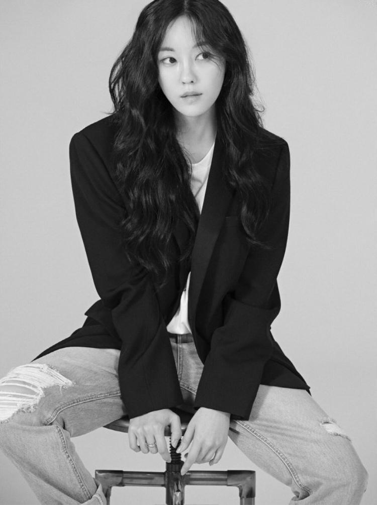 """Đại diện Sublime Artist Agency chia sẻ: """"Chúng tôi có mối quan hệ vô cùng tốt đẹp với Hyomin. Cô ấy là ca sĩ có niềm đam mê cháy bỏng, công ty chắc chắn sẽ tập trung hết 100% sức lực để quảng bá Hyomin""""."""