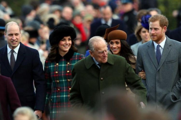 Các thành viên trong gia đình Hoàng gia luôn phải đi theo một thứ tự nhất định. Ảnh: Reuters