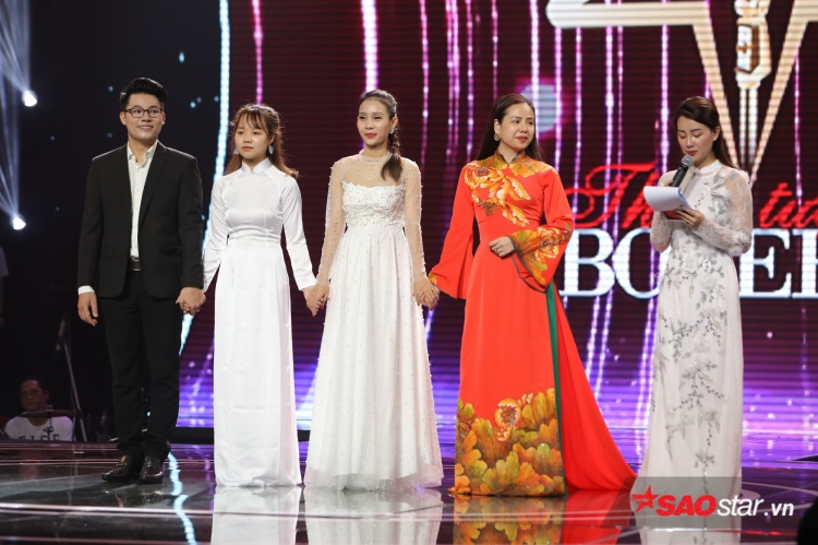 4 thí sinh xuất sắc nhất Thần tượng Bolero 2018 xuất hiện trong buổi tổng duyệt: Duy Cường, Yuuki Ánh Bùi, Thanh Lan, Thuý Anh.