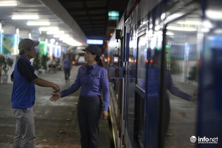 Như vậy, với việc thay đổi giờ và toa tàu đóng mới thế hệ 3, tuyến đường sắt Bắc - Nam đã chính thức được đồng bộ hệ thống toa tàu chất lượng cao để phục vụ hành khách.