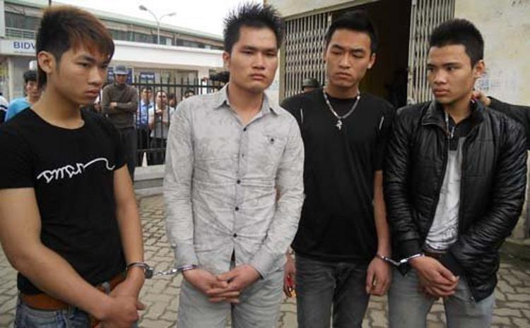 4 đối tượng thuê xe taxi từ Bắc Ninh về Hà Nội có ý định gây án bị tổ công tác 141 ngăn chặn kịp thời