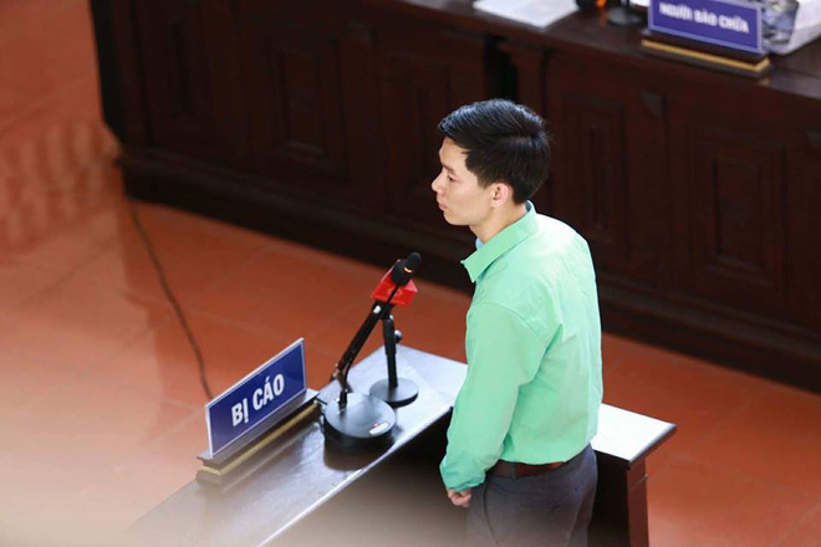 Bị cáo Hoàng Công Lương trả lời HĐXX