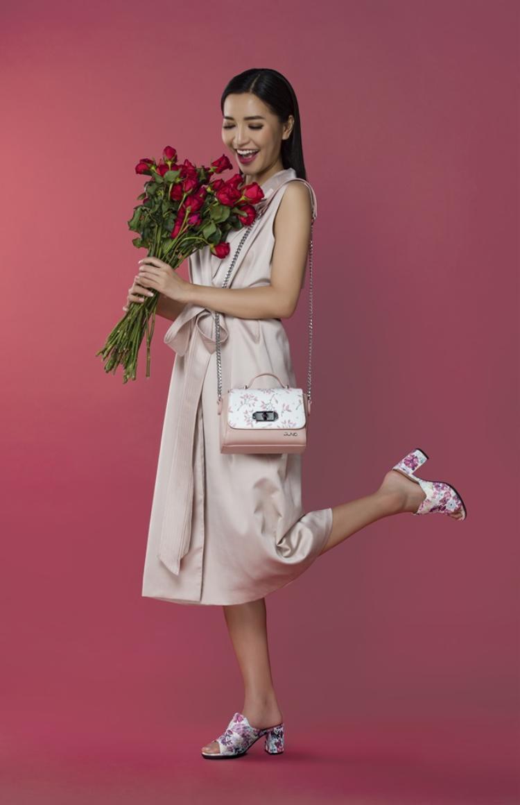 Lấy cảm hứng từ những loài hoa biểu trưng cho tình yêu, Shades of love mang lại vẻ đẹp sang trọng, khác biệt cho mọi cô nàng.