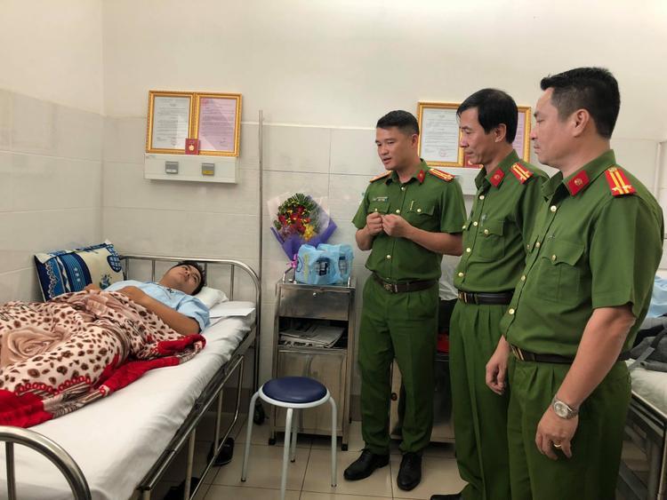 Thượng tá Nguyễn Đăng Nam mong các hiệp sĩ sớm ổn định sức khỏe, trở về sinh hoạt cùng gia đình.