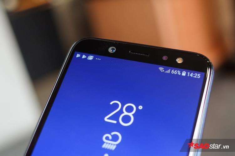 Với hệ thống camera selfie 16 MP, khẩu độ f/1.9 cùng đèn flash tùy chỉnh ở mặt trước, Galaxy A6 hứa hẹn mang đến chất lượng ảnh chụp tốt trong nhiều điều kiện ánh sáng.