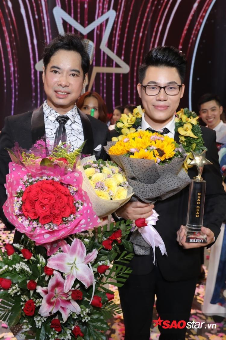Thầy trò HLV Ngọc Sơn đăng quang Thần tượng Bolero 2018.