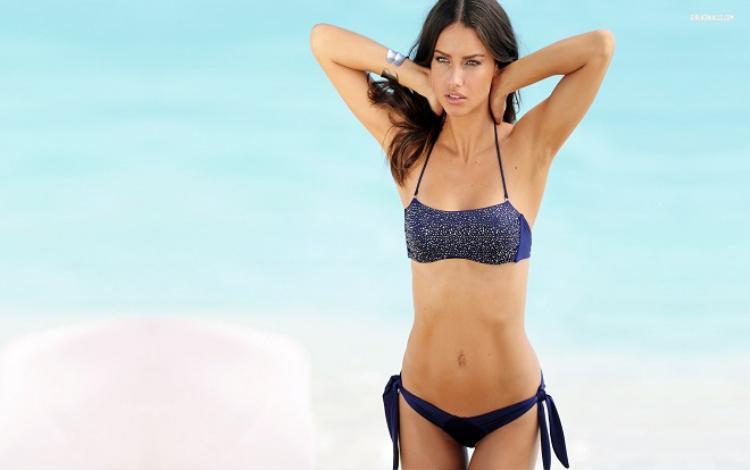 Tuyệt chiêu giảm cân đón hè của các thiên thần Victoria's Secret