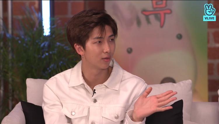 """Trưởng nhóm RM là một trong những thành viên """"năng nổ"""" nhất trong khâu này."""