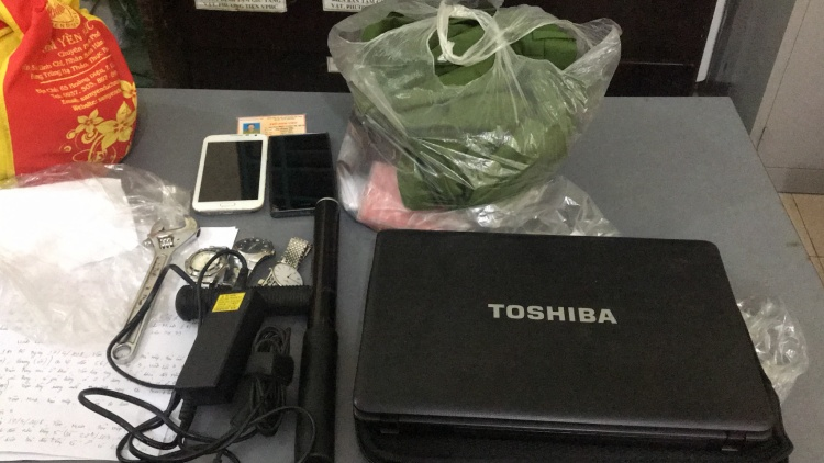 Số tài sản nhóm này trộm được chưa kịp tiêu thụ đã bị bắt.