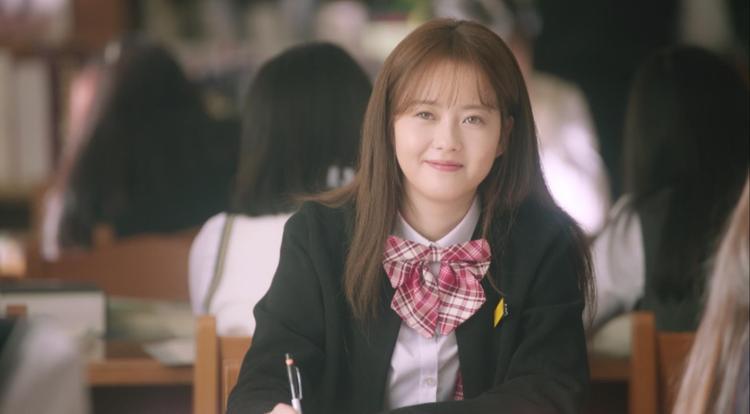 Cặp chị em Go Ara và L (Infinite) thả thính fan qua loạt ảnh ngọt như mật