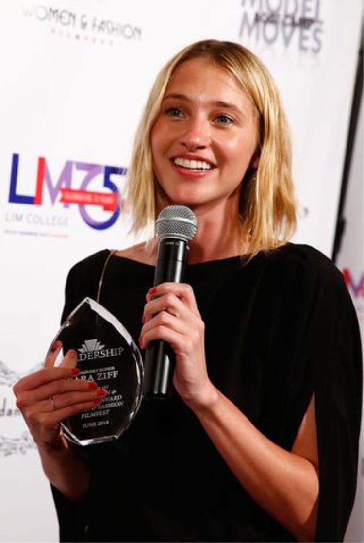 """Sara Ziff, người sáng lập công ty người mẫu Alliance đồng thời là người lãnh đạo chương trình """"Respect"""" này."""