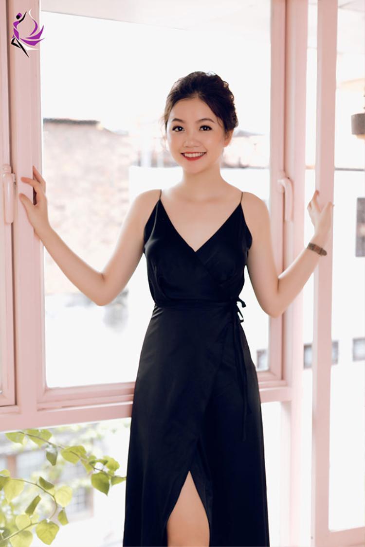 Hà Lương Bảo Hằng.