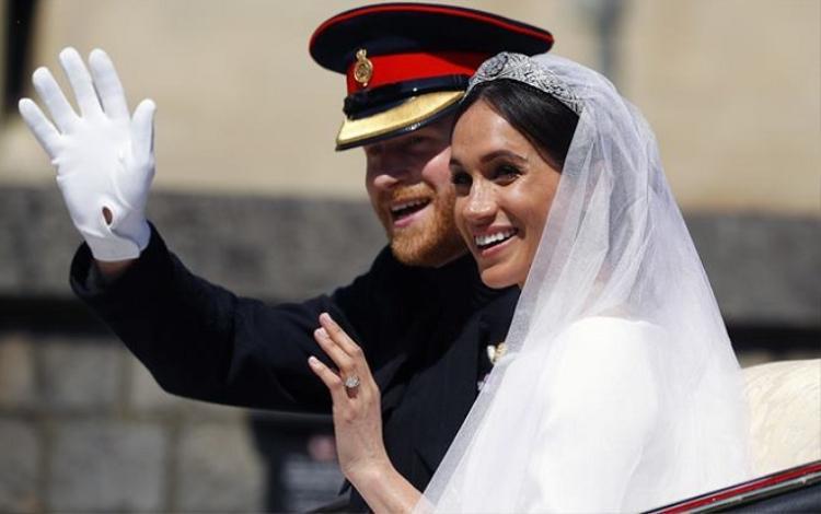 Có nhiều lời đồn đoán về việc Markle có thể tự trang điểm cho riêng mình tại đám cưới Hoàng gia