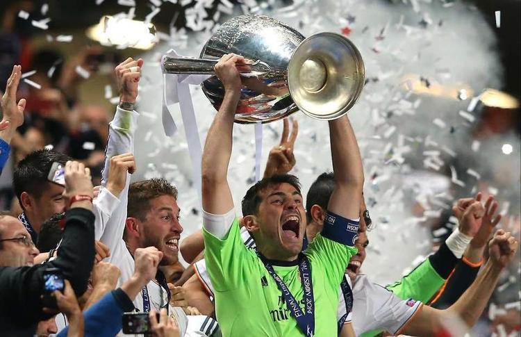 Iker Casillas: Vị thánh sống giữa những thần thoại thành Madrid