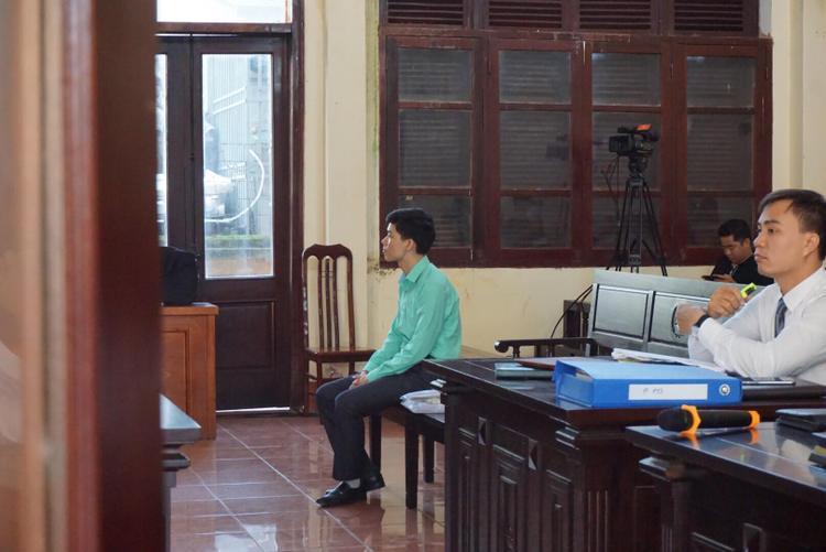 Bị cáo Hoàng Công Lương tại phiên tòa.