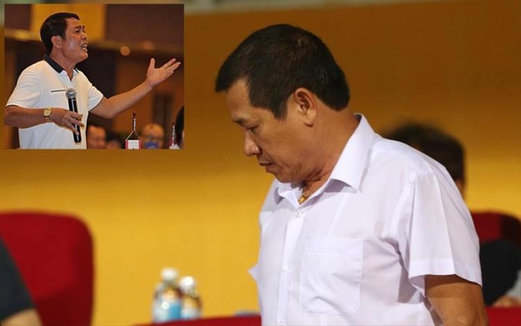 Ông Dương Văn Hiền đòi ghi văn bản bị phó chủ tịch VPF chỉ mặt, đòi cho đàn em lên nhà.
