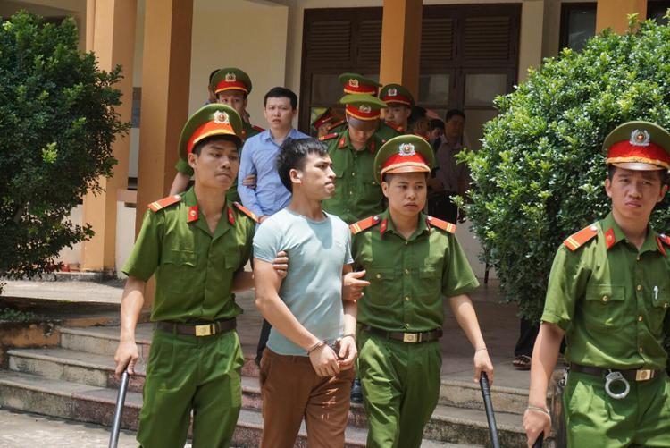 Người nhà nạn nhân cũng đề nghị giảm án cho hai bị cáo Quốc và Sơn.