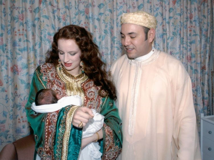 Vua Mohammed VI và vợ, công chúaLalla Salma.