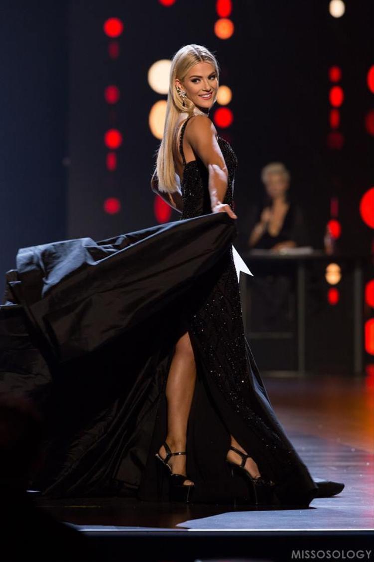 Trong đêm chung kết cô gây ấn tượng với ban giám khảo không chỉ về nhan sắc mà còn về cách trả lời ứng xử thông minh. TrướcSarah Rose Summers, cựu Hoa hậu Mỹ (người đăng quang Miss Universe 2012), Olivia Culpo cũng sở hữu chiều cao khiêm tốn 1m65. Cô sẽ đại diện Mỹ tham gia tranh tài ở Miss Universe 2018, đồng nghĩa với việc là đối thủ đáng gờm của H'Hen Niê.