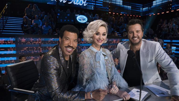 Katy Perry tại đêm chung kết American Idol 2018.